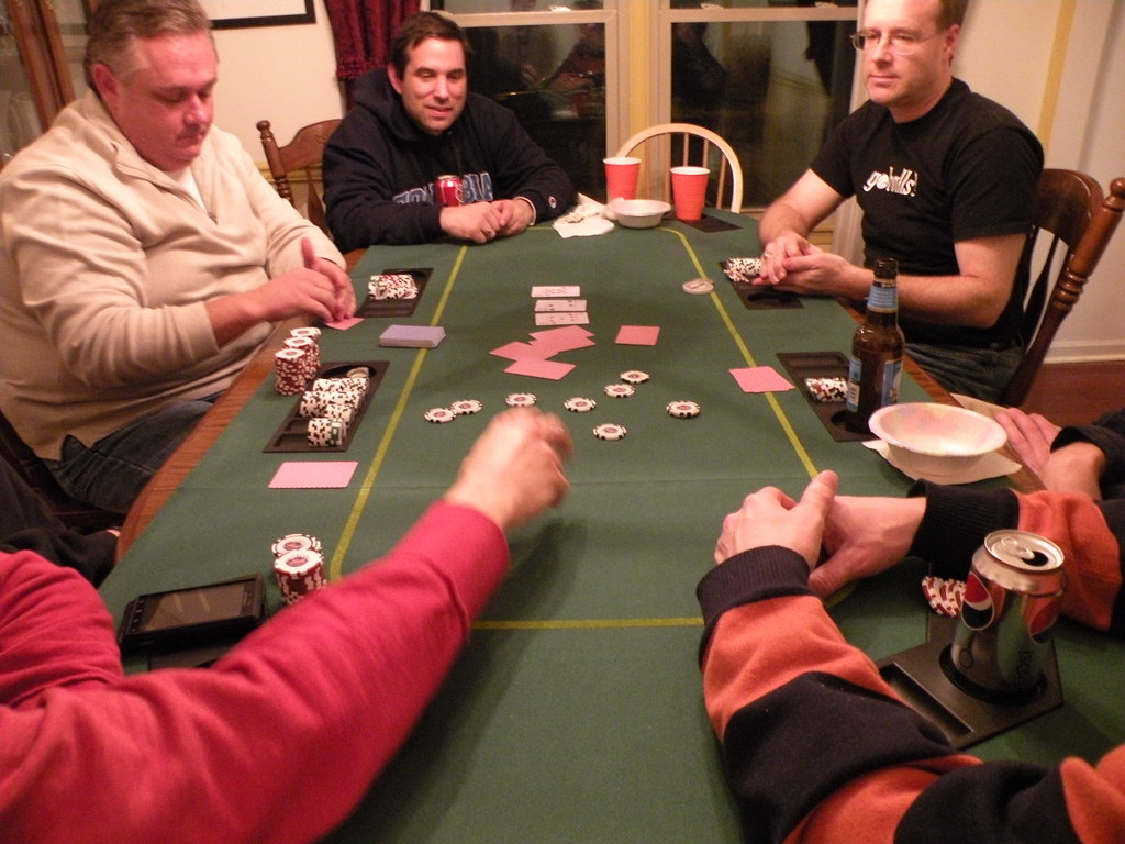 Know various types of poker codes and bonuses