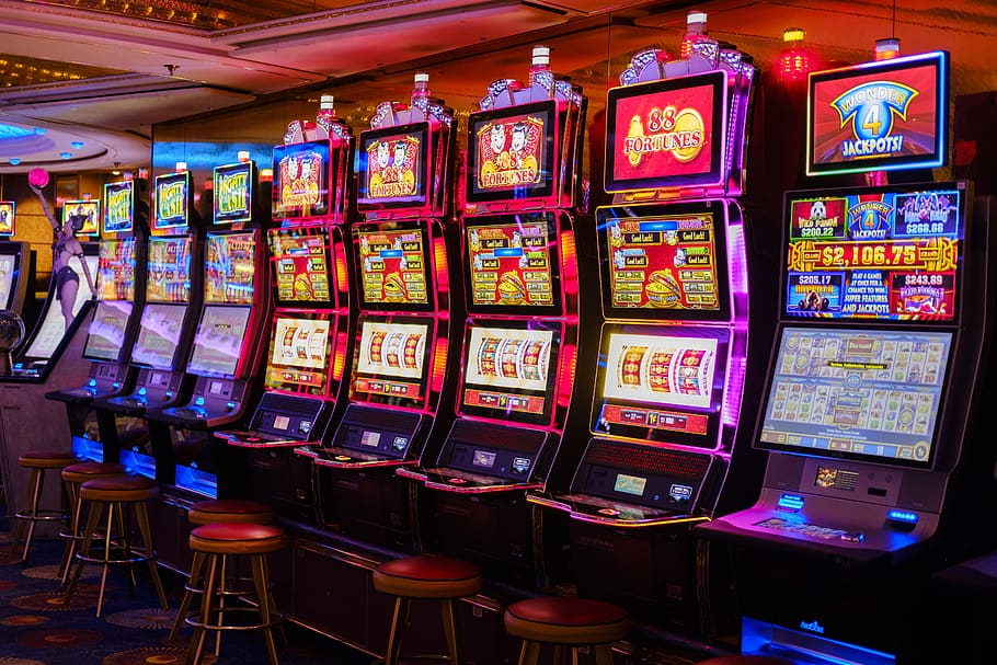 How to win on a slot slot machine